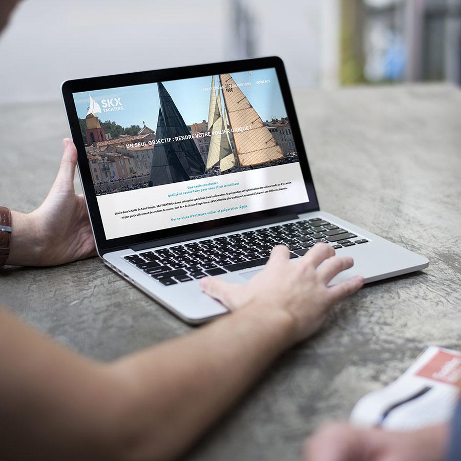 Man Show Laptop Notebook Device
